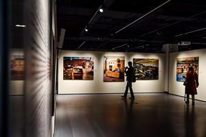 Стенды для картин. Культурный центр СИНАРА