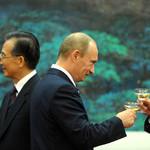 Владимир Путин предложил Китаю стать страной-партнером ИННОПРОМа-2015